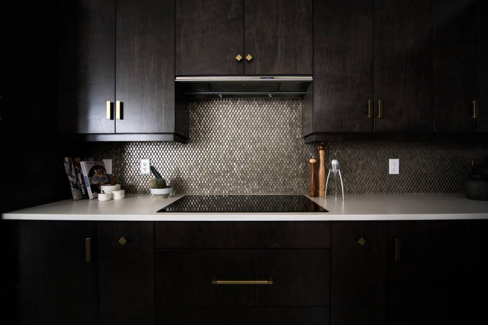 Keuken zwart geinstalleerd